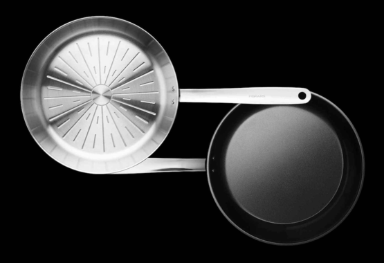 Coated vs uncoated cookware – what's the difference?