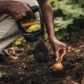 Solid Hand Bulb Planter